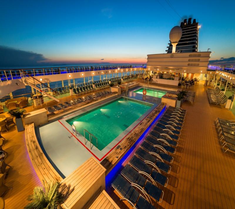 Vader en zoon 8-daagse all-inclusive cruise met elke avond feest!