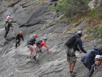Klim de rotsen tijdens de onvergetelijke vakantie in Frankrijk