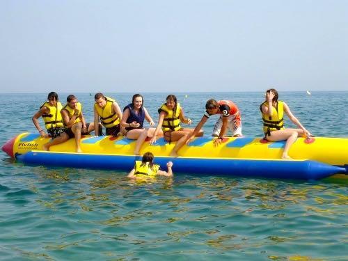 Bananenboot jongerenreizen