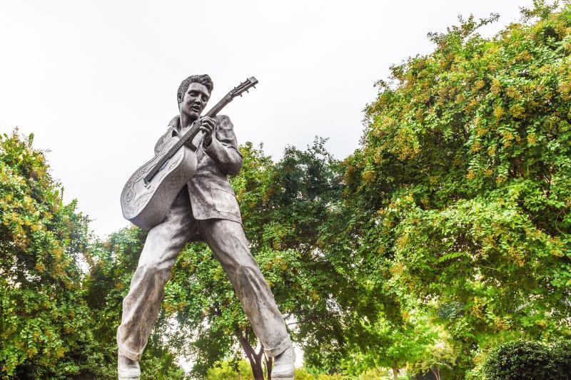 Beeld van Elvis in Memphis