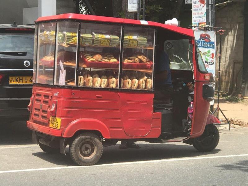 Sri Lanka tuktuk