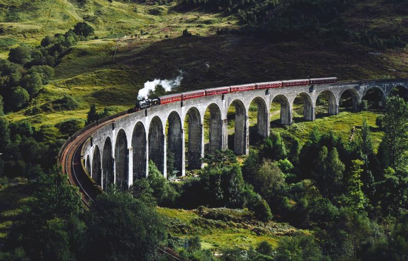 Glenfinnan viaduct (Harry Potter brug)